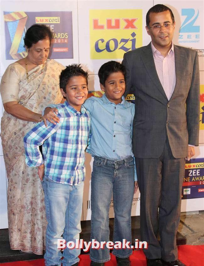 Chetan Bhagat, Zee Cine Awards 2014 Red Carpet Pics