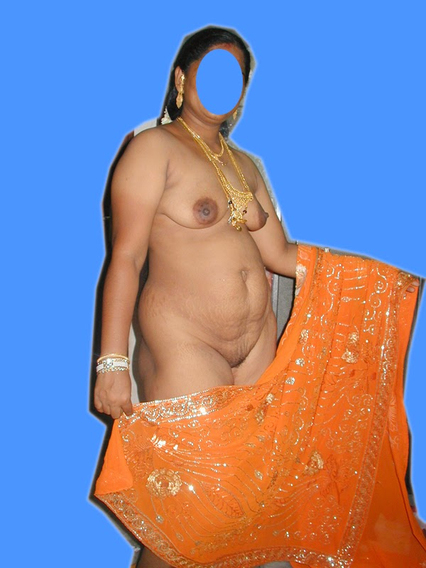 kerala aunty bathing