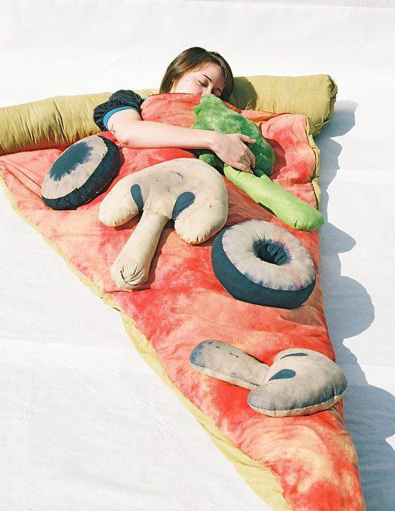 geschenkfinder pizza schlafsack das geschenk f r alle. Black Bedroom Furniture Sets. Home Design Ideas