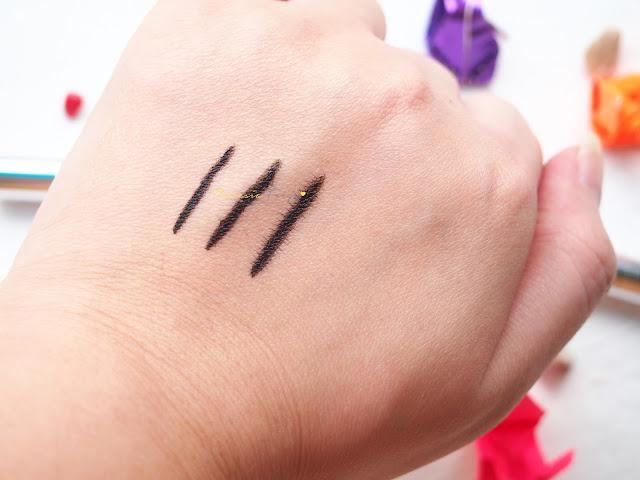 REVIEW WARDAH EYEXPERT OPTIMUM HI-BLACK LINER untuk eyeliner yang hitam memekat, konsisten, tinggi akan pigmentasi dan tahan lama di mata. Produk kosmetik dari Indonesia.