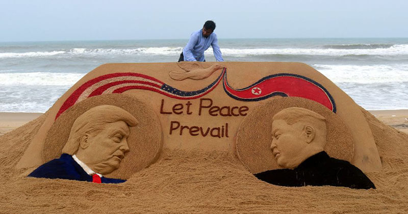 Stunning Sand Sculpture By Indian Artist Encouraged A Peaceful Summit Between Trump and Kim Jong-Un