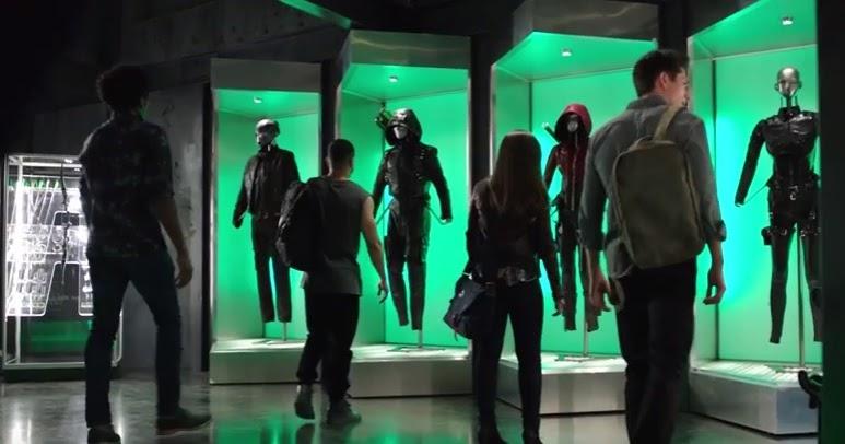 Arrow   Oliver 'vuela' en solitario y Felicity 'en el limbo'