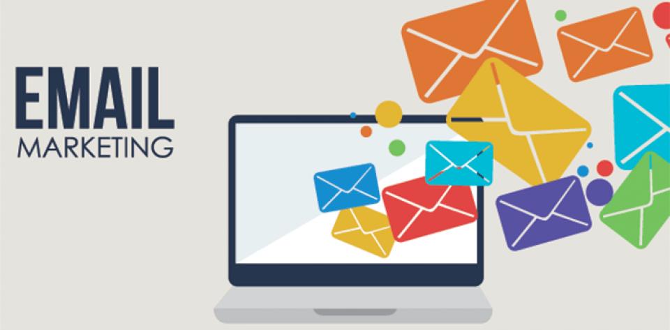 có nên dùng danh sách email khách hàng miễn phí