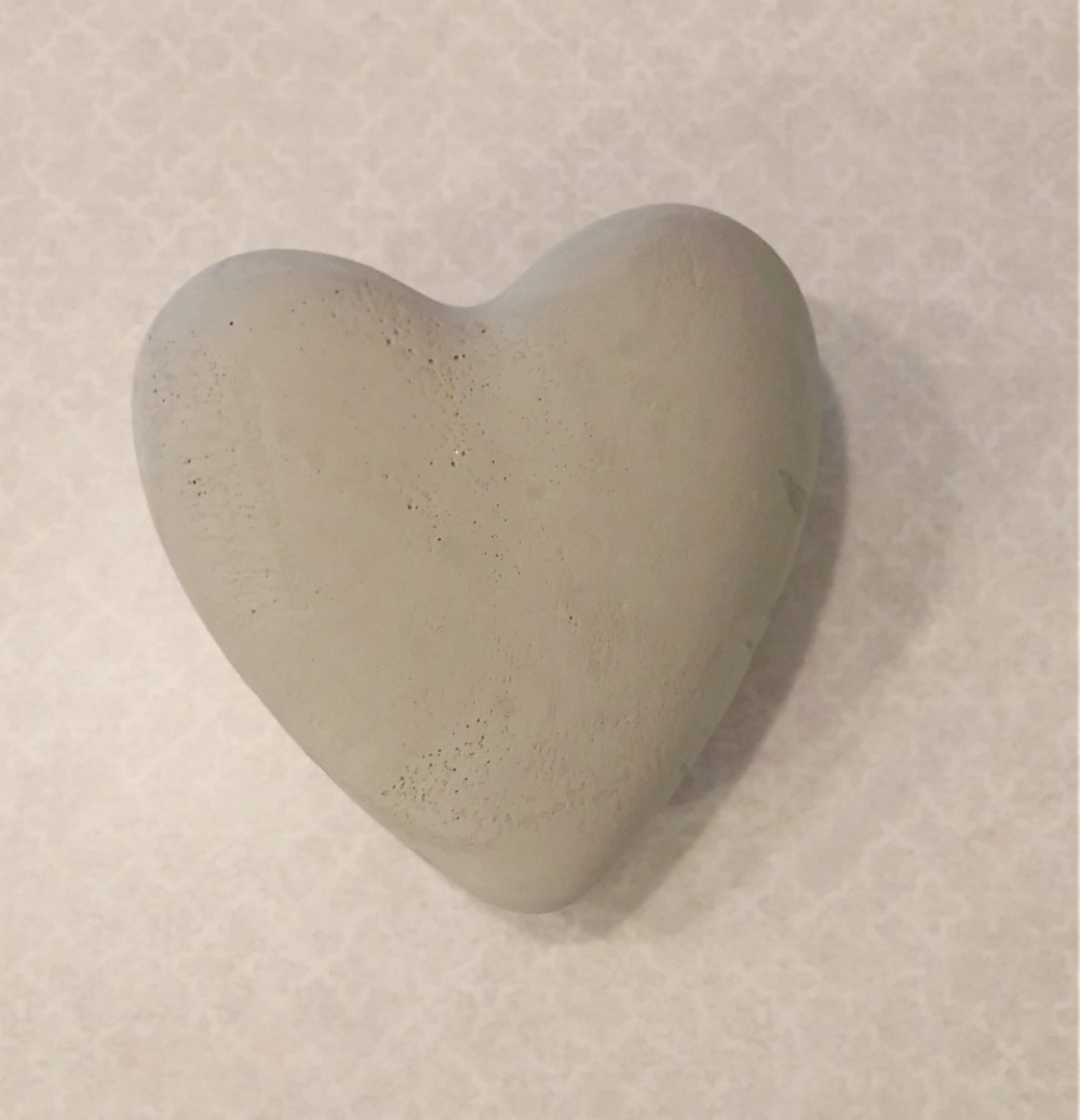 DIY faux concrete heart