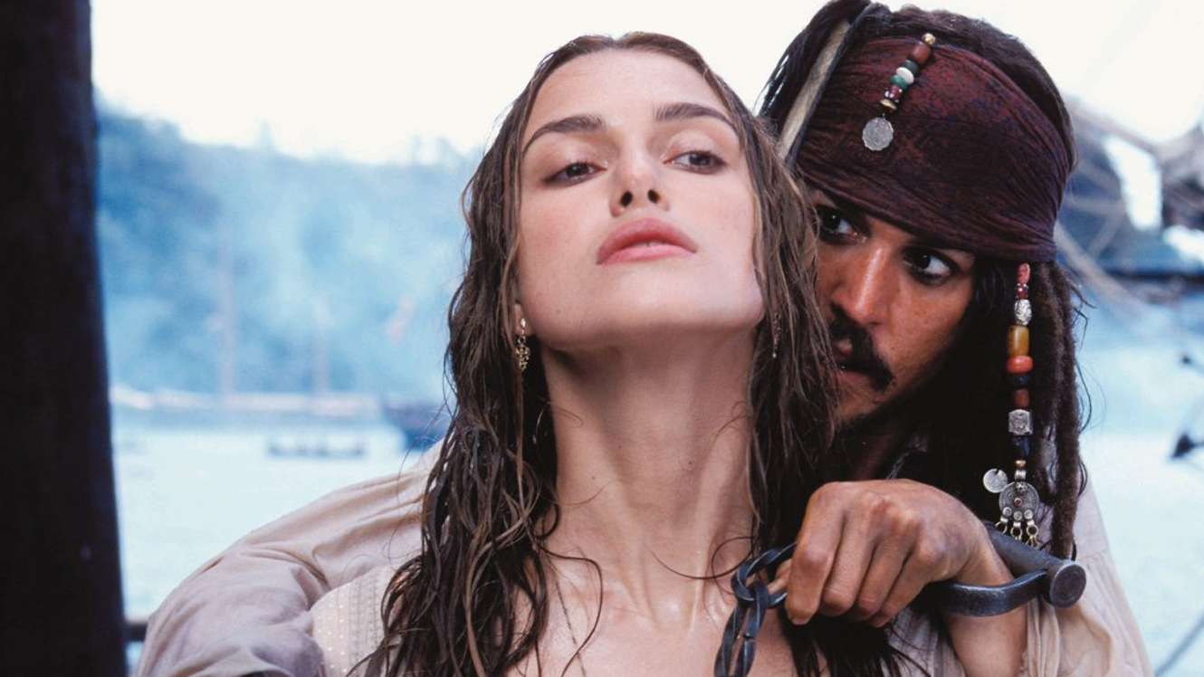 The Ace Black Movie Blog Movie Review Pirates Of The Caribbean The Curse Of The Black Pearl 2003