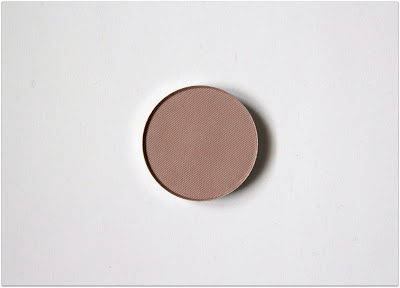 "Honeybee Gardens Pressed Mineral Eyeshadow in ""Canterbury"""