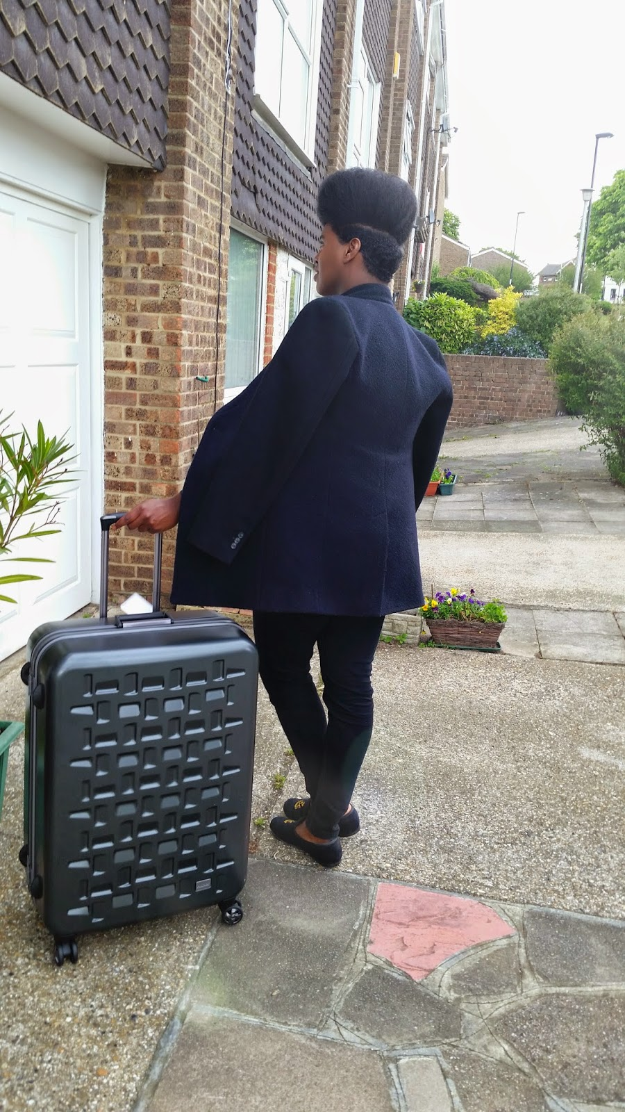 http://www.antler.co.uk/collections/alexus/alexus-large-suitcase