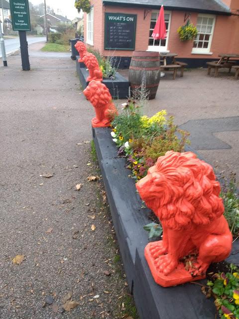 Red Lion Pub, Red Lion Statue, Cherry Hinton, Cambridge,