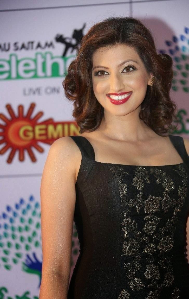 Hamsa Nandini Pictures, Hamsa NandiniHot Hd Pics in Black Dress