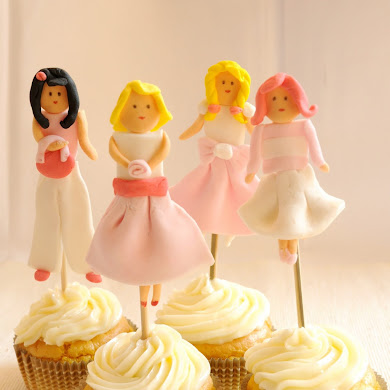 DIY Fondant Dolls Cupcake Toppers