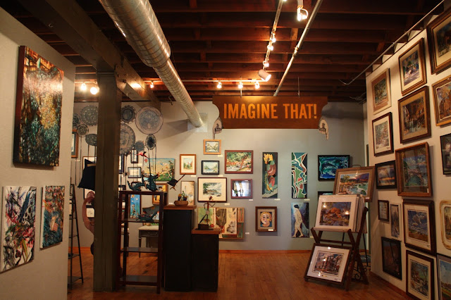 Art gallery at The Bucktown Center for the Arts