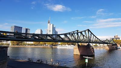 ponte sul meno