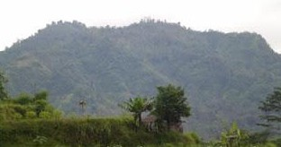 http://www.teluklove.com/2017/01/pesona-keindahan-wisata-gunung-dwangga.html