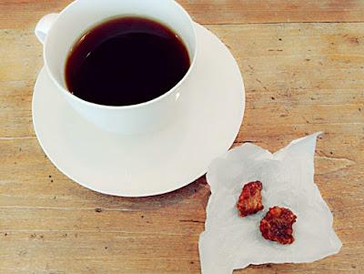 OXYMORON オクシモロン コーヒーとおやつ