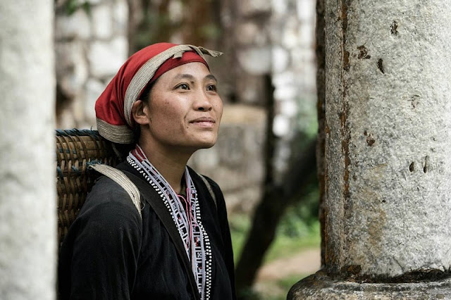 Red Dzao people in Ta Phin Village, Sapa 1