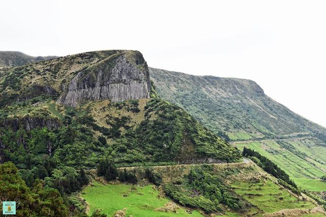 Rocha dos Bordoes, isla de Flores (Azores)