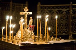 По благословению Святейшего Патриарха Кирилла на 9-й день после трагедии в Кемерове во всех храмах Русской Православной Церкви состоятся заупокойные богослужения