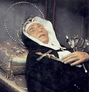 Thánh nữ Rita được ví như phụ nữ Thiên Thần vì Đức Vâng Lời