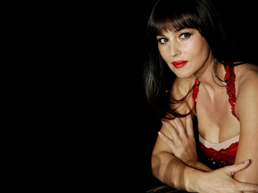 doookin: Monica Bellucci HD wallpaper - Set 9