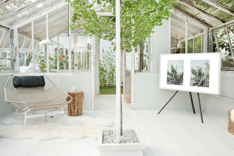 my scandinavian home: Greenhouse Make Over with The Frame - In Detail