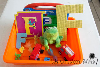 How to Make a Letter F Sensory Bin