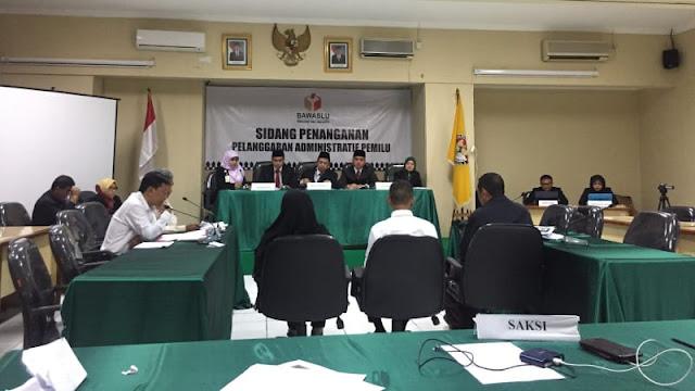 Tim Jokowi Terlambat saat Sidang Pelanggaran Kampanye Videotron