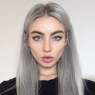 Soft Grunge Make Up