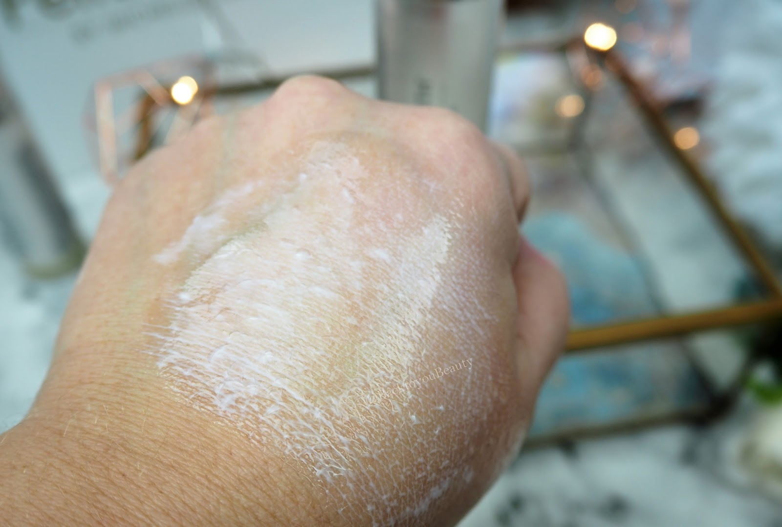Pellum Vero Cleanser Swatch - water added