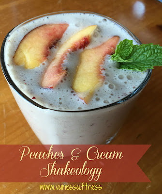 peaches and cream shakeology, vanessa.fitness, vanessadotfitness, vanessa.fit, vanessadotfit, autumn calabrese, 21 Day Fix, Shakeology, Beachbody, clean eating, whole foods