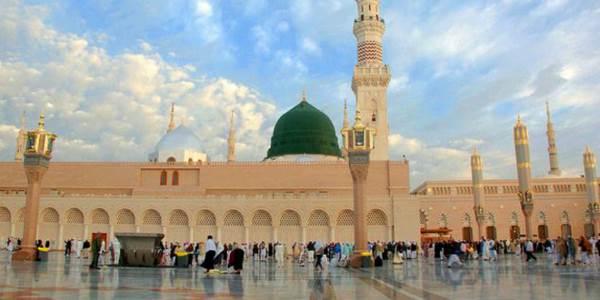 Masjid Nabawi di Kota Madinah