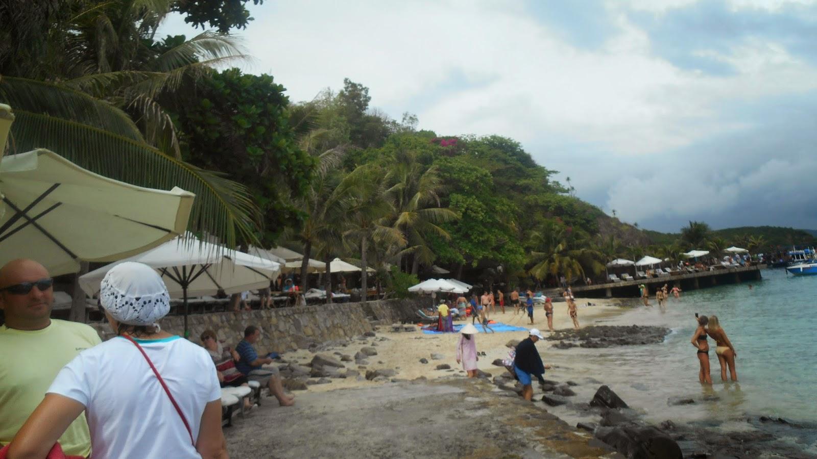 пляж на острове Хон Нео