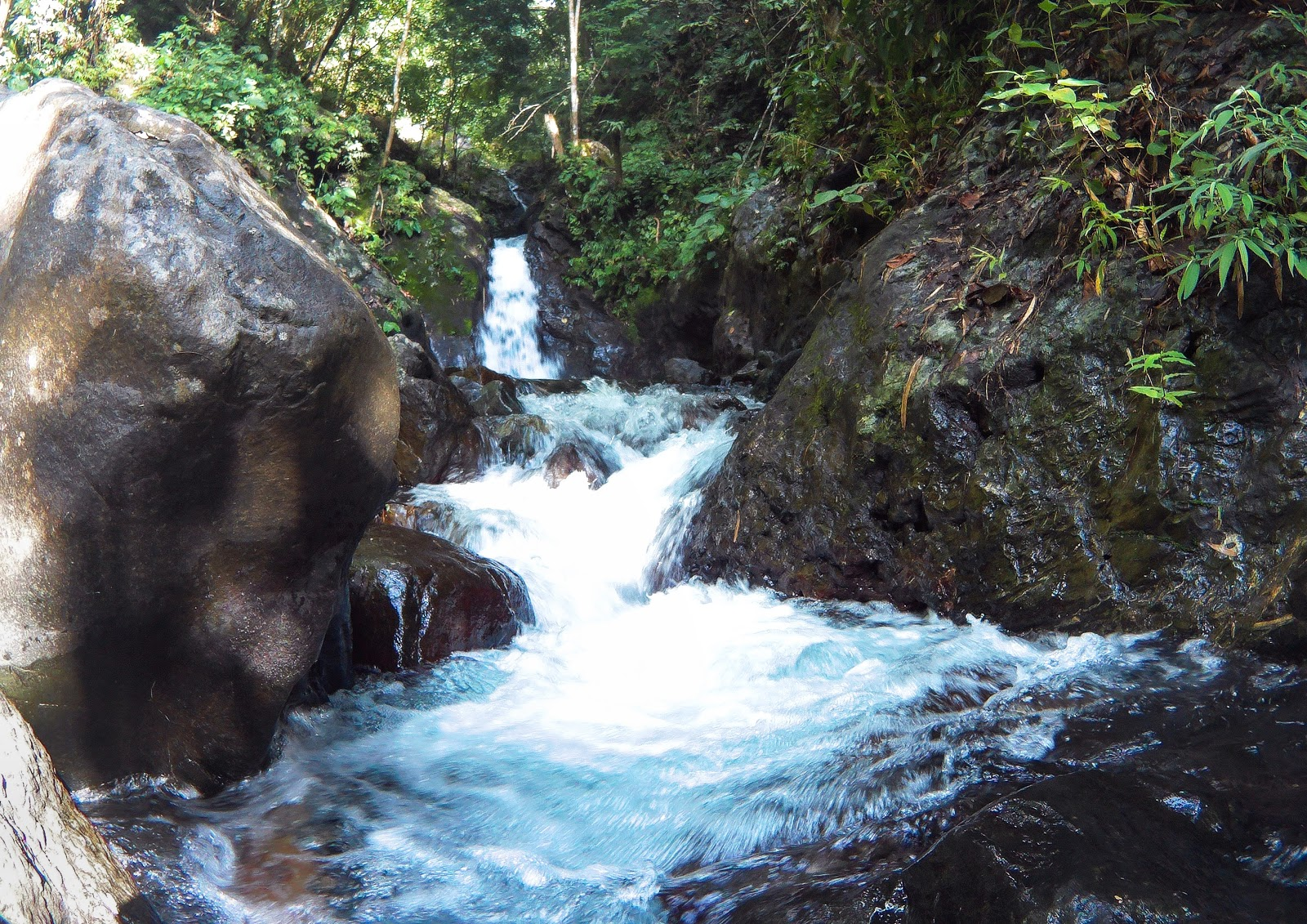 Baloyon Falls, Alubijid, Misamis Oriental