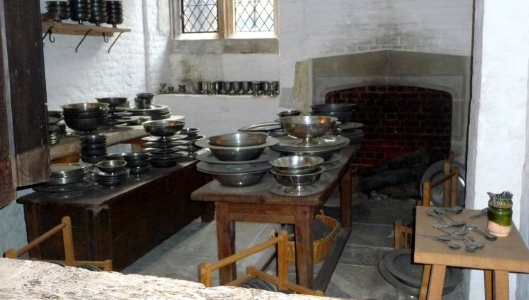 Hampton Court Palace Kitchen: Wednesday Blog Hop