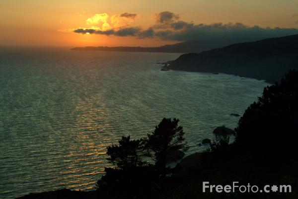 Image: Sunset over the Pacific Ocean, California, USA (c) FreeFoto.com. Photographer: Ian Britton