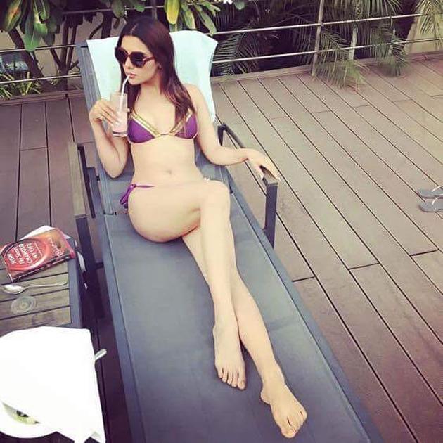 Actress Ruhi Singh Hot Bikini Photos