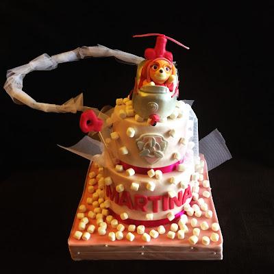 tarta patrulla canina; tarta; cumpleaños; skye; patrulla canina; fiesta; niña; perrito; tarta fondant
