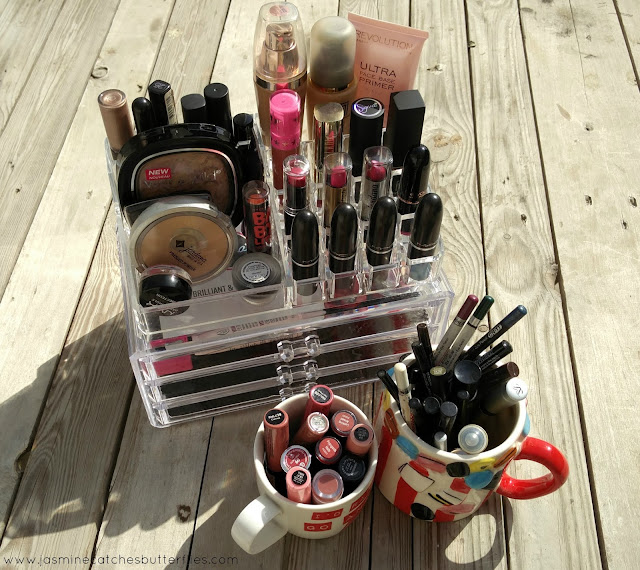 How To Keep Your Makeup Organised