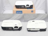Proyektor Epson EB-S100