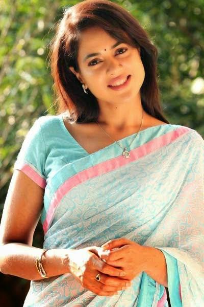 Maa Chele Aunty Choti- Chele ke diye chudiye Neyar Golpo
