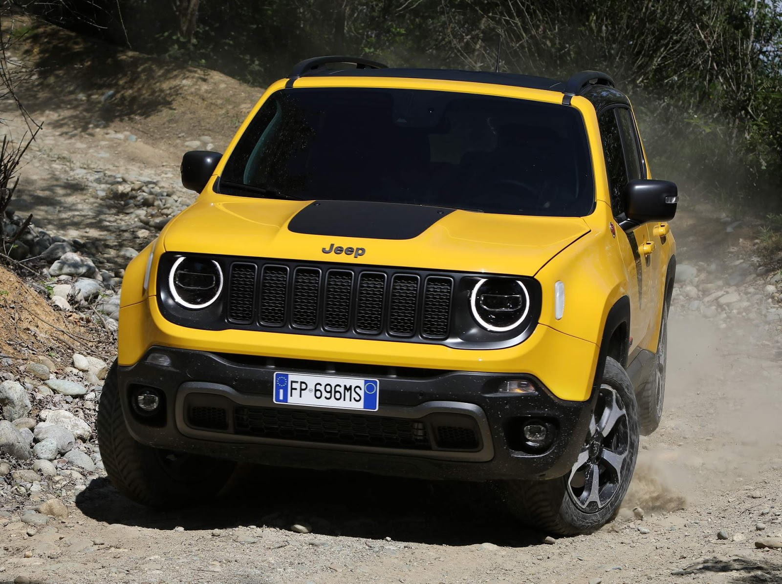 jeep renegade carnow portal automotivo. Black Bedroom Furniture Sets. Home Design Ideas