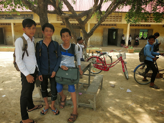 Meeting some locals in Kratie