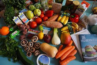 Makanan bergizi sayur dan buah