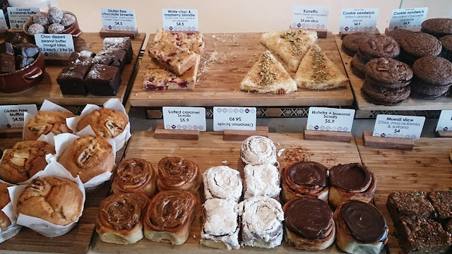 Oasis Bakery, pastries, cakes