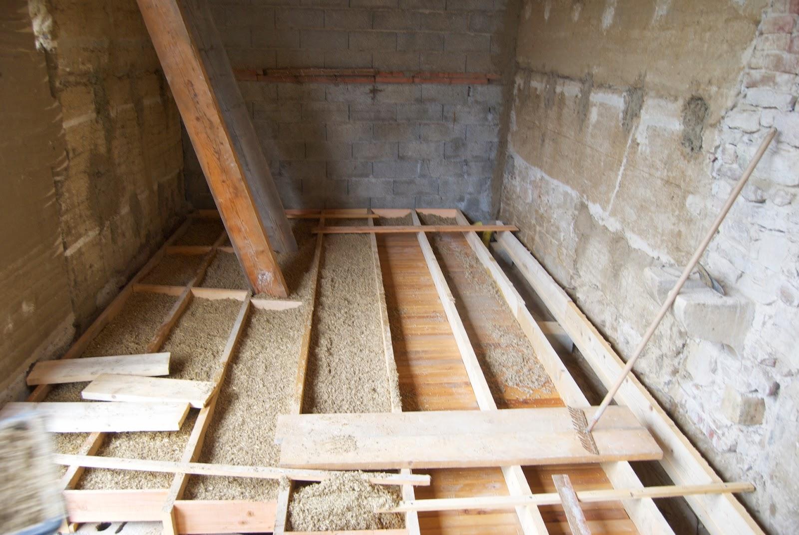 faire isoler un plancher bois par dessus spcificits with faire isoler un plancher bois par. Black Bedroom Furniture Sets. Home Design Ideas