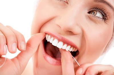 11 Cara menghilangkan karang gigi super ampuh