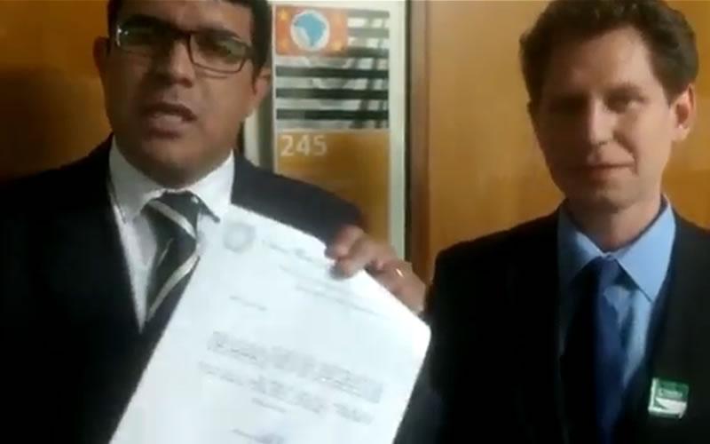 Prefeito e vereador cobram recursos a deputados federais reeleitos em Pinhal