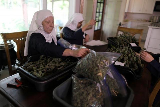 WOW SISTERS IN California 'Nuns' Smoking Marijuana In Public