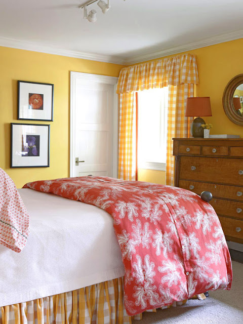 2011 bedroom decorating ideas with yellow color home interiors - Old fashioned vintage bedroom design styles cozy cheerful vibe ...