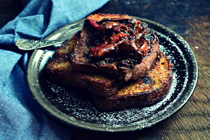 """Tosty francuskie z macerowaną figą w """"Wypiekaniu na sniadanie"""""""