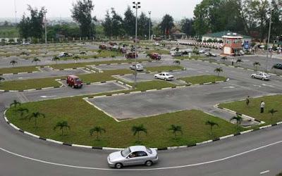 Trung tâm đào tạo lái xe ô tô tại HCM